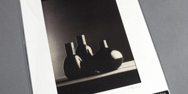 Schwarzes Glas
